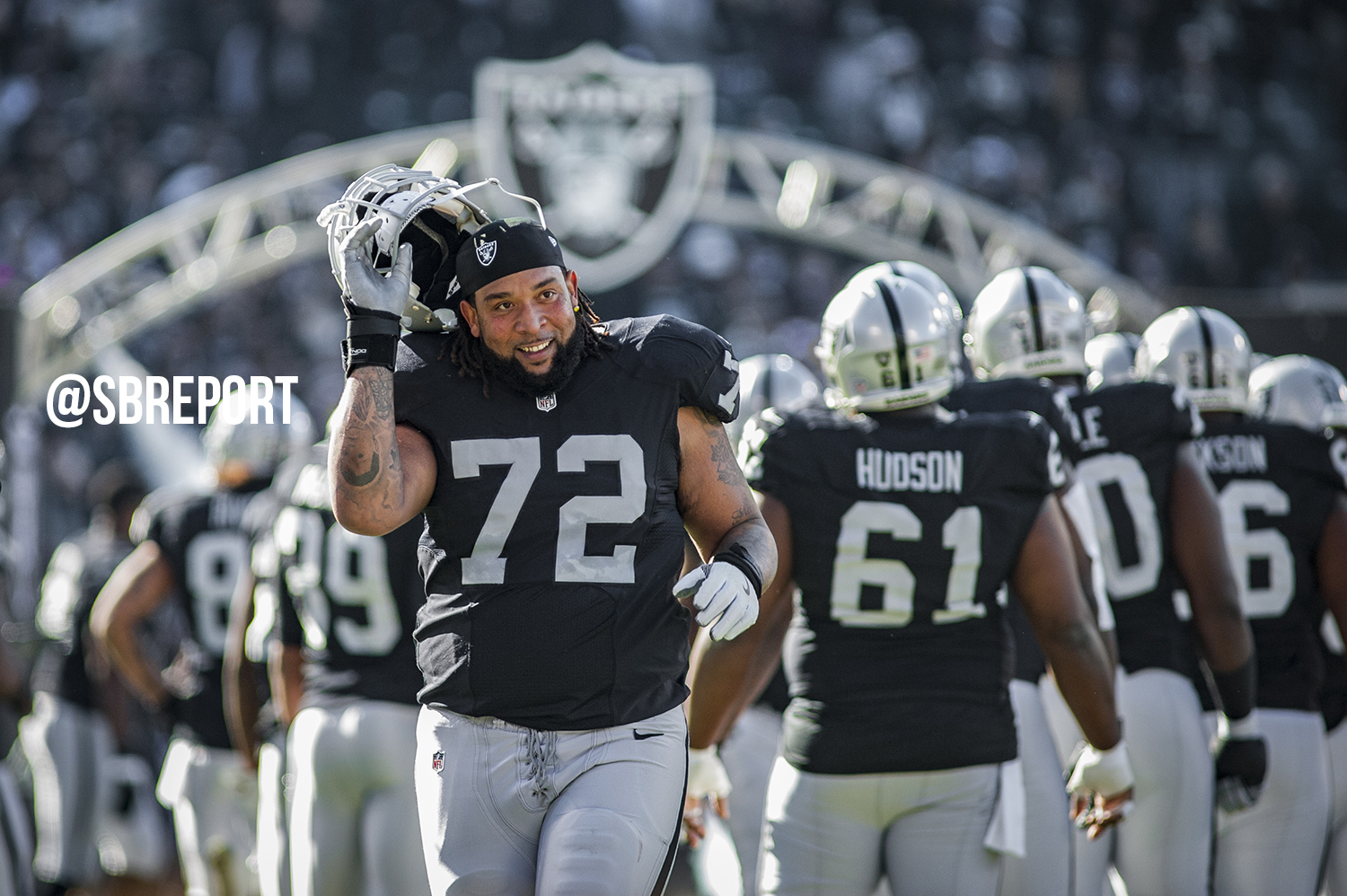 Raiders lock up LT Donald Penn