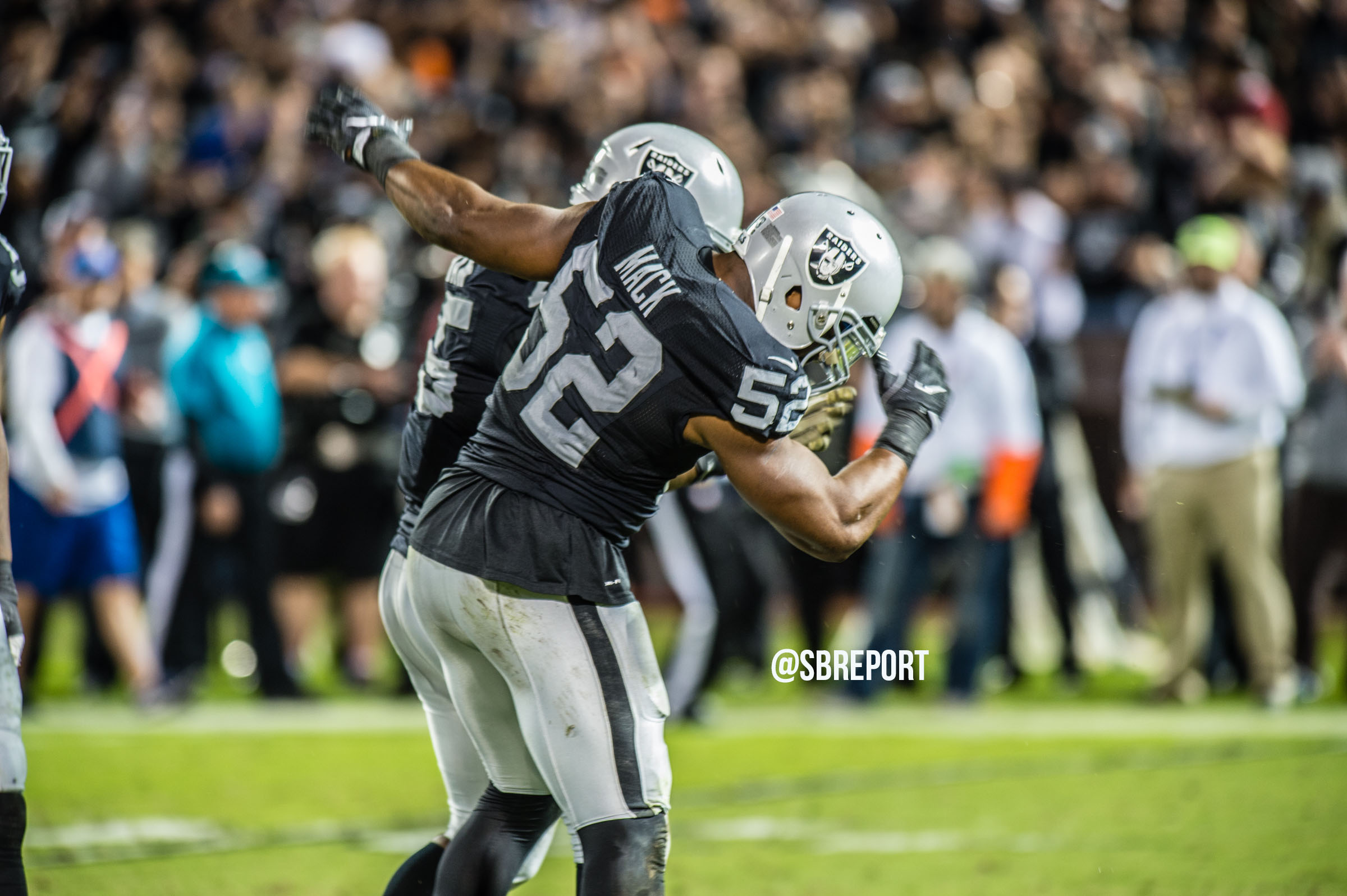 Reports: Raiders expected to trade star DE Khalil Mack to Bears