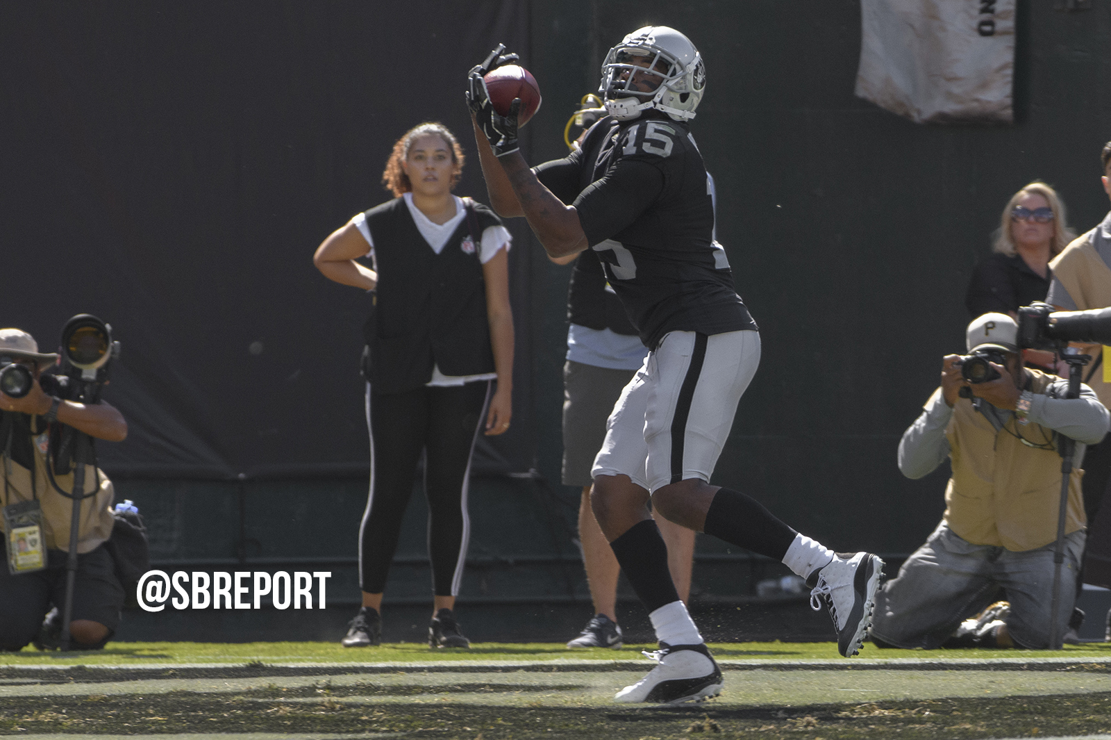 Raiders make moves at wide receiver