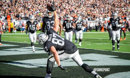 "VIDEO: Foster Moreau: ""When That Guy (Derek Carr) Gets The Fire In His Eyes, There's No Stopping Him"""